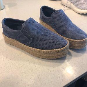 Blue Tretorn Sneakers with Hemp Bottom